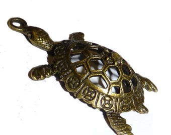 Turtle charm bronze chiselled to create pendant for jewellery designs