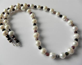 Freshwater cultured pearl and tourmaline gemstone necklace