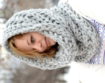 Chunky Scarf / Knitted cowl  / Infinity Scarf  / Neck Warmer /  Thick Yarn Scarf / Knitted Scarf  / Circle scarf / Hat
