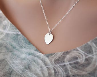 Sterling Silver Lotus Petal Charm Necklace, Teardrop Petal Necklace, Simple Lotus Petal Necklace, Zen Necklace, Simple Yoga Necklace