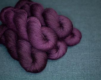 Baah Yarn - Burgundy (Platinum Collection)