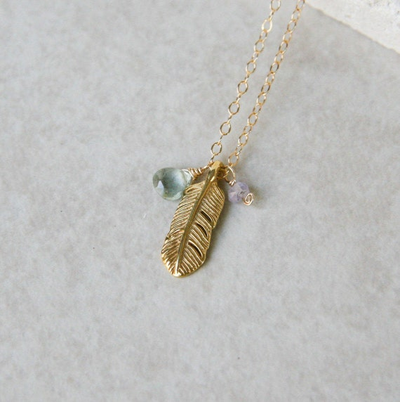 Little golden feather necklace
