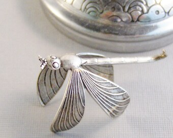 Loves Wing,Dragonfly,Ring,Silver,Dragonfly Ring,Antique Ring,Silver Ring,Wing,Wings,Knuckle,Woodland,Wedding,Bridesmaidby valleygirldesigns.