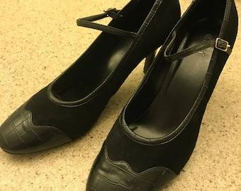 Oxford Style Black leather Heels Ladies Size 9 1/2