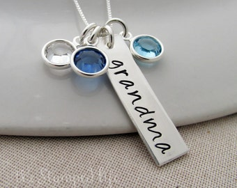Personalized Charm With Mom, Mother, Nana or Grandma, Personalized Name Necklace With Birthstones, Gift Idea for Grandma, Gift for Mom