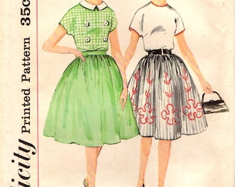 Simplicity 4266 Blouses Border Print Gathered Skirt VINTAGE 1960s ©1962 Teen Size 12 Bust 32