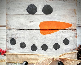 Rustic snowman, pallet board snowman, pallet snowman art, rustic pallet snowman, snowman home decor, holiday decor,  country snowman