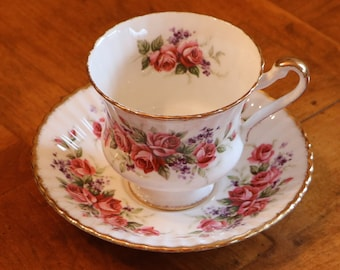 Paragon English Bone China Roses and Violets Pattern 4546 Teacup and Saucer Set