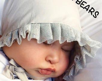 Gray bonnet, gray baby bonnet, baby hat, newborn hat, gray hat, baby hat, bonnet, soft bonnet, adjustable hat, gray bonnet, baby gray,