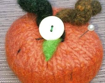 Felted Pumpkin Pincushion