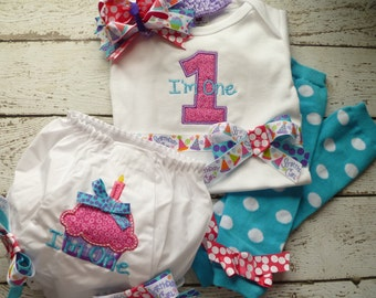 Girls First Birthday Outfit, Cake Smash  Birthday Bloomers, Bow,  Birthday cupcake Hair bow, Headband, and leg warmers, I'm one