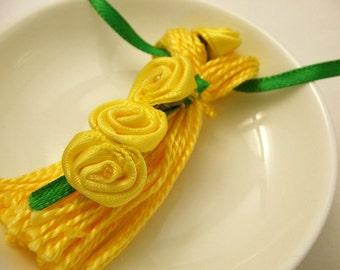 Yellow Ribbon Rose Beaded Tassel Spring Easter Wedding Ornament Gift Decoration Tassel