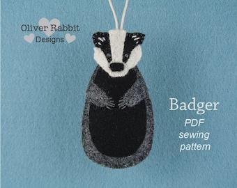 Badger PATTERN, Felt Ornament Sewing Pattern, Felt Craft, Badger, Woodland Animal, PDF Sewing Pattern, Gift Topper, DIY Handmade Gift