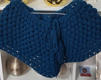 Puff stitch cowl....comes with a free hat