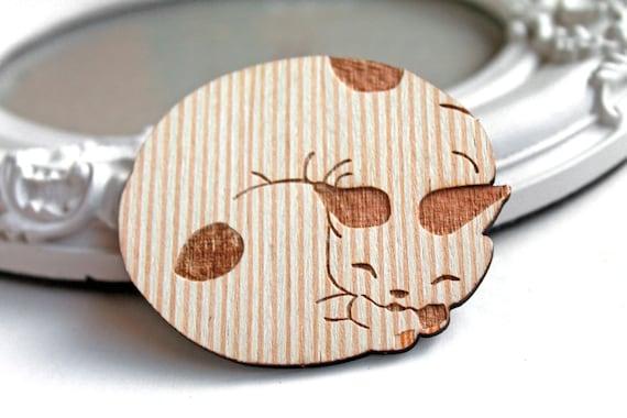 Chubby cat kitten wooden brooch cute woodland