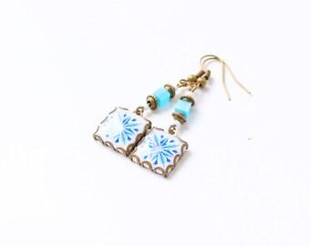 Pendientes con motivos florales art nouveau Azul blanco y burdeos