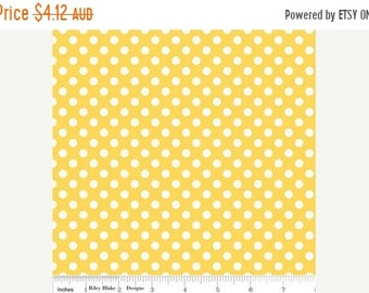 ON SALE Riley Blake Fabric - 1 Fat Quarter Small Dots in Yellow