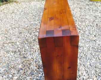 Classic shaped bench