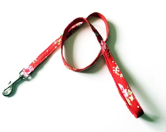 Red floral dog lead