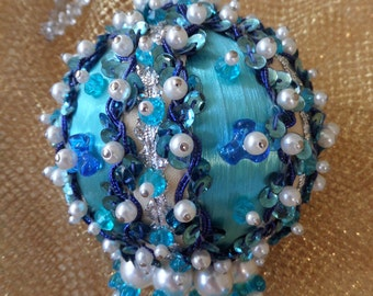 Christmas Beaded Ornament -- Blue, Turquoise and Pearls -- Christmas Tree Bling -- 1960's