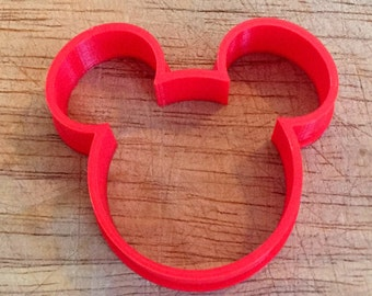 Mickey mouse head cookie and fondant cutter