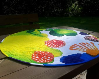 Round quilted table topper from Marimekko fabric Juhannustaika, modern table cloth runner centerpiece, Scandinavian table decor