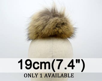 Large real raccoon fur pom pom, Brown fur pompom with snap button,genuine fur pom pom, Ideal for knitted hats #134