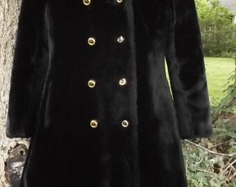 SOFT 70s Bogana Faux Fur Coat XS Plush Double Breast Peacoat Pariseau's Vintage 1970s
