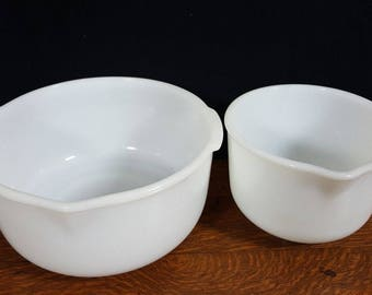 Vintage Fire King Milk Glass Mixing Bowls For Sunbeam Mixmasters