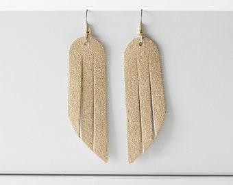 Leather Earrings / Fringe / Luminous