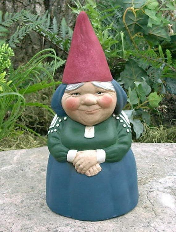 Garden Gnomes On Sale: SALE Mrs Gnome 9 Tall Garden Gnome Blue Item R51P