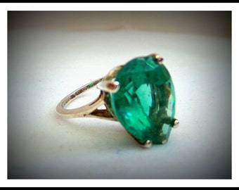 Vintage Aqua Ring