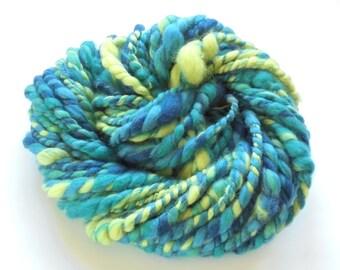 BLUES WITH POP Handspun Yarn, Super Bulky Yarn, Chunky Merino Yarn, 2-Ply Yarn, Blue Yarn, Green Yarn, Merino Yarn, Saori Yarn, Knitting