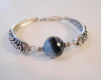 Blue Agate Cuff Bracelet Ice Blue Navy Blue Gemstone Beaded Bracelet Bolivian Jewelry 14th Anniversary Gift for Wife Girlfriend Friend Gifts