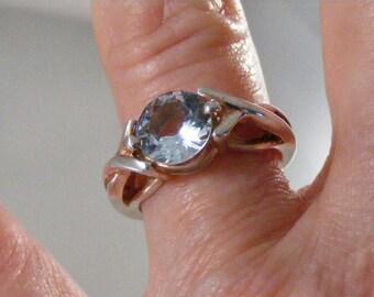 Vintage  Blue Topaz Sterling Silver Ring  Lot 3871