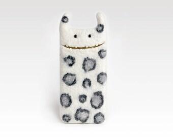 White leo iPhone 8 case, iPhone 8 plus felt case, White leo sleeve, Monster iphone cases