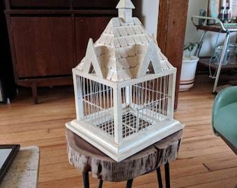 "12.25"" Decorative House Birdcage"