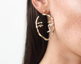 Minimal Face Earring, Abstract Style, Unique Earrings in Gold and Silver, Picasso Style artsy Earrings
