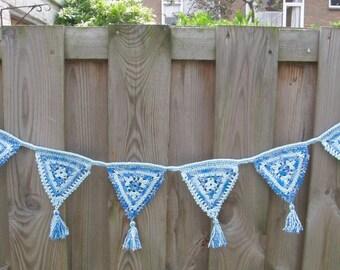 Crochet Garland, blue