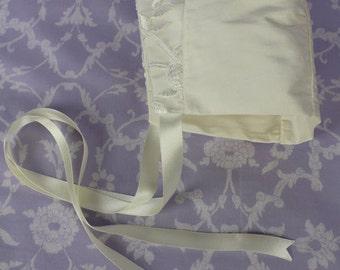 Christening Bonnet, Estelle Bonnet