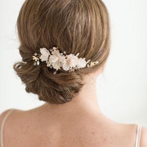 Bridal Hair Comb, Wedding Headpiece, Floral Crystal Hair Comb, Gold Blush Pink Wedding Comb, Bridal Hairpiece