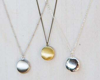 Small Locket Necklace, Antique Silver Locket, Tiny Locket, Round Photo Locket, Antiqued Locket Necklace, Men's Locket, Sentimental gift