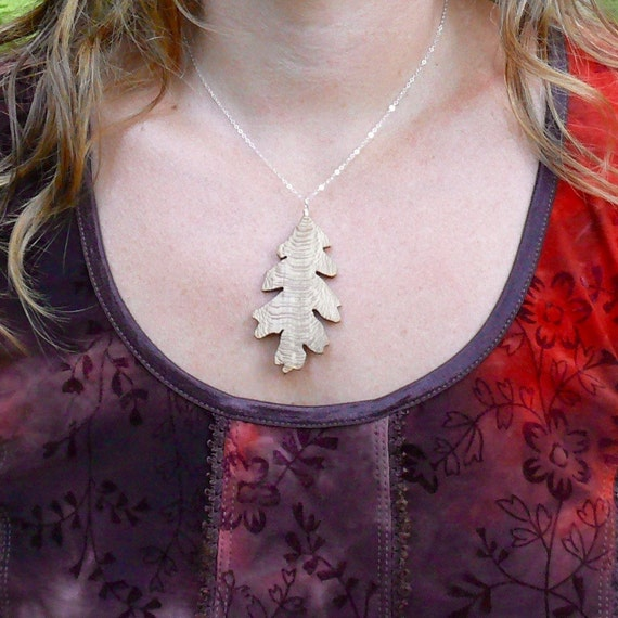 Wood Necklace, Oak Leaf Necklace, Silver Leaf necklace, Natural wood jewelry, Earthy Boho wooden jewelry, Leaf Jewelry, Nature lover gift