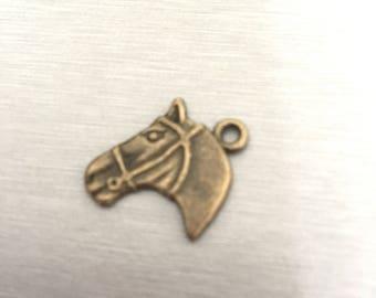 horse bronze number 8