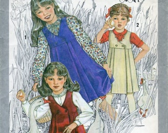 Simplicity 9608, Cinderella, Little Girl Dress, Vintage 70s, Pinafore, Pleated, V Neckline, Double Button, Peter Pan Collar Blouse, Size 7