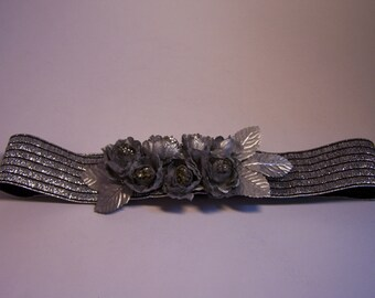 Handmade flowers silver belt