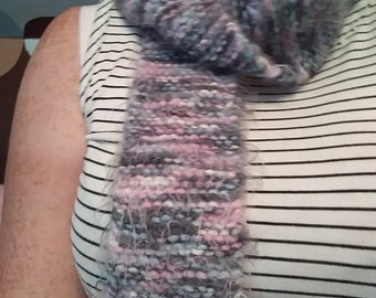Fint knit pink and gray scarf