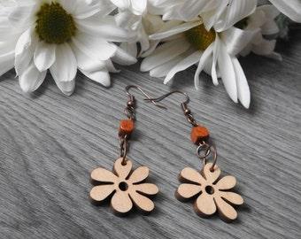 Wooden Flower Earrings - Hippie Flower Earrings - Wood Hippie Earrings - Flower Power Earrings - Wood Daisy Earrings - Daisy Dangle Earrings