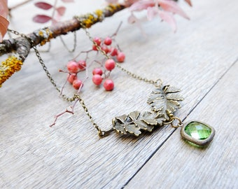 Dainty leaf necklace, gift for woman, crystal necklace for woman, woodland necklace, bridesmaid gift, wedding gift, statement necklace,