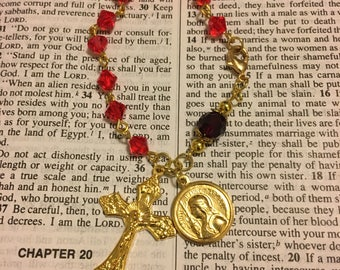 Vintage Gold Joan of Arc Siam Swarovski Crystal Rosary Bracelet